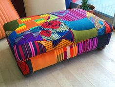 London Upholsterer Ray Clarke - Bespoke Upholstery and Soft Furnishing African Interior, African Home Decor, Funky Furniture, Upholstered Furniture, African Furniture, Funky Chairs, Inspired Homes, Soft Furnishings, Diy Home Decor