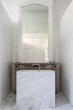 Hullebusch - old white - verzoet gehakte kanten 10x10x1