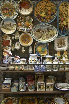 About Old World, French Country, and Tuscan Home Decor