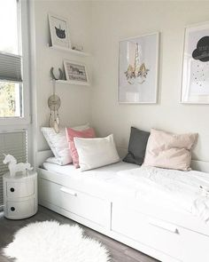free inspiring small teen bedroom ideas you will love Small Bedroom, Ikea Bedroom, Small Room Bedroom, Small Rooms, Girls Bedroom, Bedroom Decor, Very Small Bedroom, Small Spaces, Bedroom Chair, Small Small