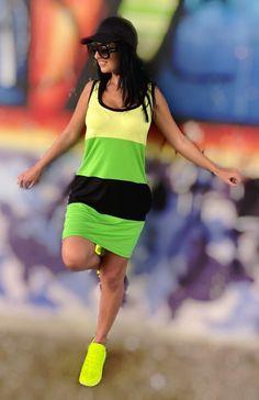 Böngészd a kanapédról a legújabb kollekciónkat, válaszd ki a legszebbeket és rendeld meg néhány kattintással! Ne várj tovább! #nőiruha #nőiruhawebáruház #nőiruharendelés #Mirage #rendeljonline #maradjotthon #vigyázzunkegymásra Lily, Running, Sports, Fashion, Hs Sports, Moda, Fashion Styles, Keep Running, Orchids