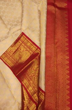 Off White Handloom Kanjeevaram Pure Silk Saree