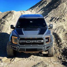 Ford Ranger Truck, Ford Ranger Raptor, Custom Pickup Trucks, Ford Pickup Trucks, Ford Raptor Lifted, Ford F150 Custom, Ford Ranger Wildtrak, Truck Bed Covers, Motorbike Design