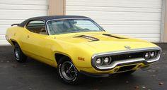 $20,000 Reward for 1971 Plymouth Roadrunner