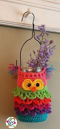 FREE CROCHET PATTERN - little owl hanger pot. So cute.