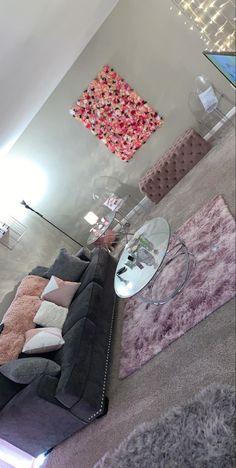 Living Room Decor Cozy, Cute Room Decor, Home Living Room, Living Room Designs, Room Ideas Bedroom, Bedroom Decor, Decoration Gris, Appartement Design, First Apartment Decorating