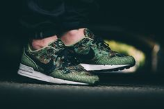 "Nike Air Pegasus 89 ""German Reunification"" - EU Kicks: Sneaker Magazine"