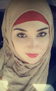 أجمل صور بنات عسلات محجبات على الانترنت Beauty Girls Face Beautiful Hijab Girl Makeup For Green Eyes