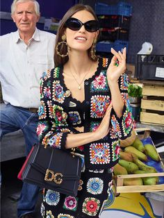 Luca and Alessandro Morelli picture the Dolce&Gabbana Spring Summer 2019 Women's Accessories Campaign. Cardigan Au Crochet, Gilet Crochet, Crochet Coat, Crochet Cardigan, Crochet Skirts, Crochet Clothes, Diy Clothes, Beau Crochet, Hippie Crochet