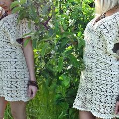 I've made this crochet leaf tunic special for plus size ladies. But you can make it in any size – from XXS to XXXL.