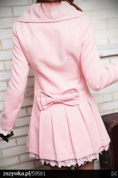 this is so cute! loe the eyelet on the sleeves and bottom!!!!!!!!!!!!!!