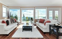 Victoria Avenue - traditional - living room - vancouver - Positive Space Staging + Design, Inc.