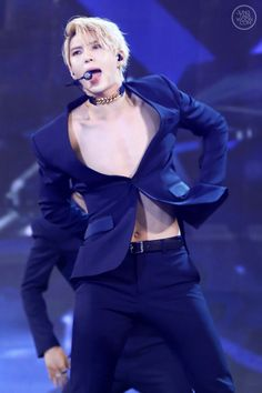 VIXX | LEO | 'That one button that keeps my life together' XDD