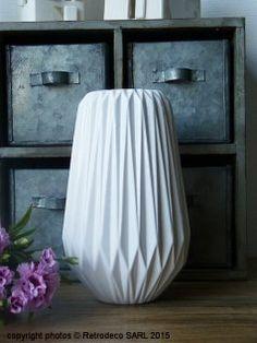 Vase haut Origami blanc, déco scandinave, Madam Stoltz
