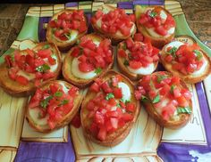 Toasted Tomato and Basil Mozzarella Cheese Bread   There's nothing I love more then easy and tasty meals in the summer time... here's a really good and simple dinner or appetizers...super easy to make and  super easy to clean up!  Read more at http://spotconnie.blogspot.com/2013/08/toasted-tomato-and-basil-mozzarella.html#93m4jZWOAeea1MCm.99