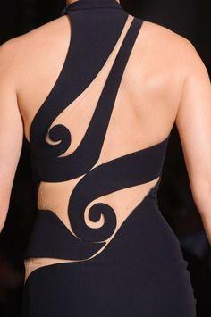 notordinaryfashion: Atelier Versace Spring 2015 - Not Ordinary Fashion is art Atelier Versace, Versace 2015, Couture Mode, Couture Fashion, Skating Dresses, Dance Dresses, Style Feminin, Tango Dress, Fashion Details
