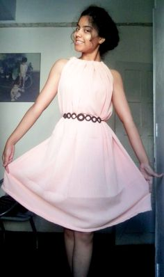 Diy Dress • Free tutorial with pictures on how to make a strapless dress in under 60 minutes #howto #tutorial