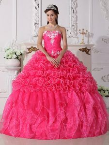 quinceanera hair style 1000 images about quince ideas on quinceanera 7343