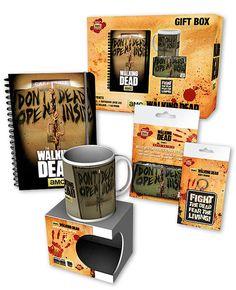 Set regalo The Walking Dead: taza, cuaderno, llavero y tarjetero  Completo conjunto formado por varios productos basados en la serie de Tv The Walking Dead.