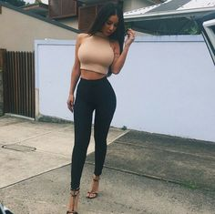 Sexy Round Collar Solid Color Crop Top + High Waist Ankle Pants Twinset For Women Club Outfits For Women, Mode Outfits, Sexy Outfits, Fashion Outfits, Clothes For Women, Womens Fashion, Fashionable Outfits, Looks Black, Mode Style