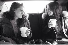 NEW adorable picture of Kristen & Julianne Moore on the 'Still Alice' set Billy Lynn, Vampire Twilight, Twilight Saga, Still Alice, Sils Maria, Kristen Stewart Movies, Kirsten Stewart, Cinema, Movies