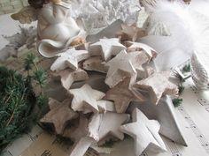 25 Kokossterne weiß für Adventskranz Türkranz von Der-kleine-Dekoladen auf DaWanda.com