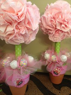 coffee filter flower topiaries & cake pop flowers!maybe decorate accordingly for bridging.