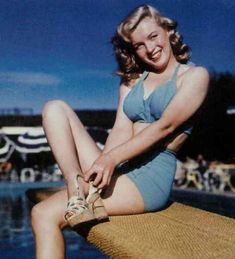 MM in her 'hot' two-piece...