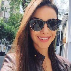 Hoje o nosso bom dia vai com um clique da linda @raizamarinari em #SP com óculos novos #dior ❤ ❤ ❤ #ootd #raizamarinari #oscarfreire #oticaswanny #blogger #bomdia #saturday