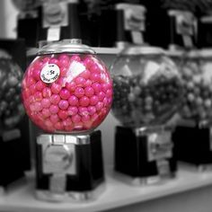 Decorative idea... Could be filled with pink and white gumballs Splash Photography, Color Photography, Black And White Photography, Light Photography, Photography Ideas, Lightroom, Photoshop, Rose Bonbon, Pink Bubbles