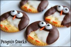 Penguin snacks for a penguin theme. Would also pass for owl treats :) By Sugar Aunts