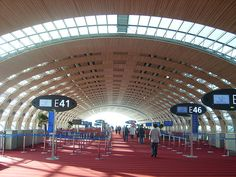 Looking for information about how to get from the airport to Paris. Here is our guide about the best routes from Charles de Gaulle and Orly Airports to the center of Paris. Aviation News, Civil Aviation, Air France, Paris Airport, Gaulle, John F Kennedy, New Paris, Cheap Flights, Air Travel
