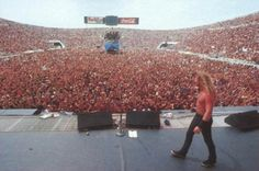 Moscow 1991. 1,6 million fans. It is totally amazing!!!!