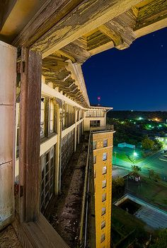 Birds-eye view at the top of the Baker Hotel, Mineral Wells - Wow, what a shot!