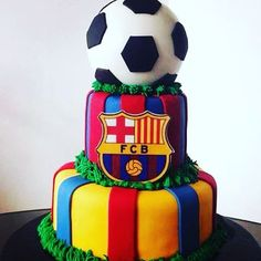 Torta del Barcelona ❤️❤️❤️ 04126032710 email planetaponque@gmail.com #barcelona #barca #futbol #cake #españa #cake #torta #instacake #cakestagram #pastel #tartas #venezuela #caracas #laboyera #pasteleria #reposteria #postres #delicious #yummy #like #l4l #like4like #likeforlike #pelota #balon