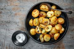 Cauliflower, Side Dishes, Vegetarian Recipes, Potatoes, Vegetables, Cooking, Ethnic Recipes, Food, Kitchen