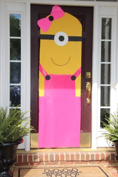 I would make the top yellow and bottom pink with no door showing. Minions Birthday Theme, Minion Party Theme, 4th Birthday Parties, Birthday Party Decorations, Birthday Party Invitations, 2nd Birthday, Party Themes, Party Ideas, Second Birthday Ideas