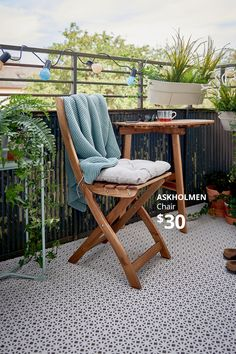 Create your home outside of home with outdoor furniture and accessories available at IKEA.ca Balcony Flooring, Outdoor Flooring, Outdoor Chairs, Outdoor Furniture Sets, Outdoor Decor, Small Balcony Design, Patio Design, Deck Makeover, Decoration Ikea
