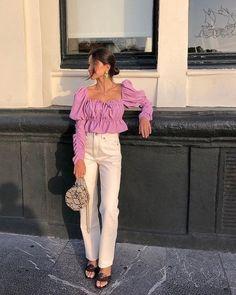 Lavender statement blouse and white denim Fashion 90s, Look Fashion, Fashion Outfits, Womens Fashion, Beach Style Fashion, Workwear Fashion, Fashion Blogs, Fashion Hacks, Chanel Fashion
