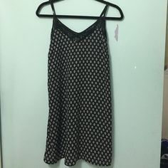 Shift dress Black with beautiful design. Lace a-line and adjustable straps. Also has pockets! Xhilaration Dresses Midi