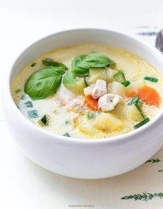 Zupa z cukinią i kurczakiem