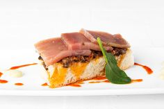 Tosta de atún rojo marinado, Taberna del Campero, Zahara de los Atunes