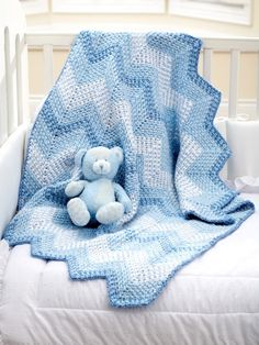 Cascading Ripples Blanket | Yarn | Free Knitting Patterns | Crochet Patterns | Yarnspirations