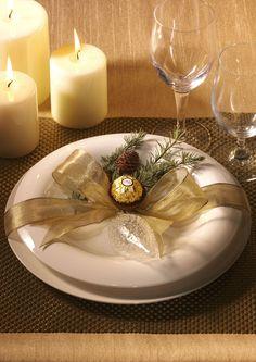 ART DE LA TABLE - Une décoration de table de saison.