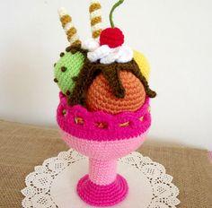 CROCHET PATTERN Ice Cream Sundae Amigurumi by LiliaCraftParty
