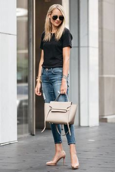 Ideas for moda jeans casual chic outfit T-shirt Und Jeans, Lässigen Jeans, Outfit Jeans, Casual Jeans, Skinny Jeans, Jeans Shoes, Shirt Outfit, Casual Shoes, Women's Casual