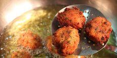 Σμυρναίικοι Ταραμοκεφτέδες Greek Recipes, Fish Recipes, Greek Cooking, Cauliflower, Grains, Rice, Stuffed Peppers, Snacks, Meat