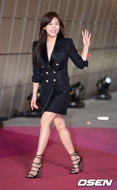 12 Spectacular looks from the 2016 Style Icon Asia pink carpet Korean Celebrities, Beautiful Celebrities, Korean Actors, Beautiful Women, Red Events, Ha Ji Won, Yoo Ah In, Ankara Gowns, Pretty Korean Girls