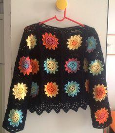 Neon flowers granny square crochet top. Crochet Jumper, Crochet Skirts, Crochet Jacket, Crochet Blouse, Love Crochet, Knit Or Crochet, Beautiful Crochet, Crochet Shawl, Crochet Clothes