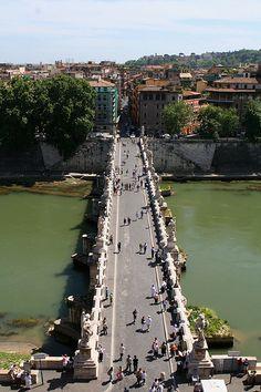 Ponte Sant'Angelo / Bridge in Rome, Italy / Travel Europe